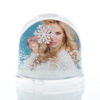 Шар водяной сфера с хлопьями в виде снежинок в индивид упаковке 90x90x85мм
